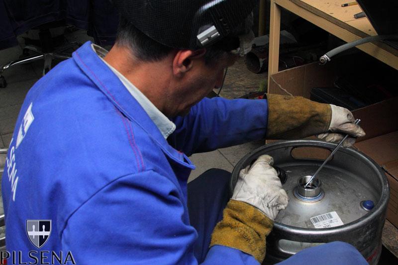 how to change a kombucha keg
